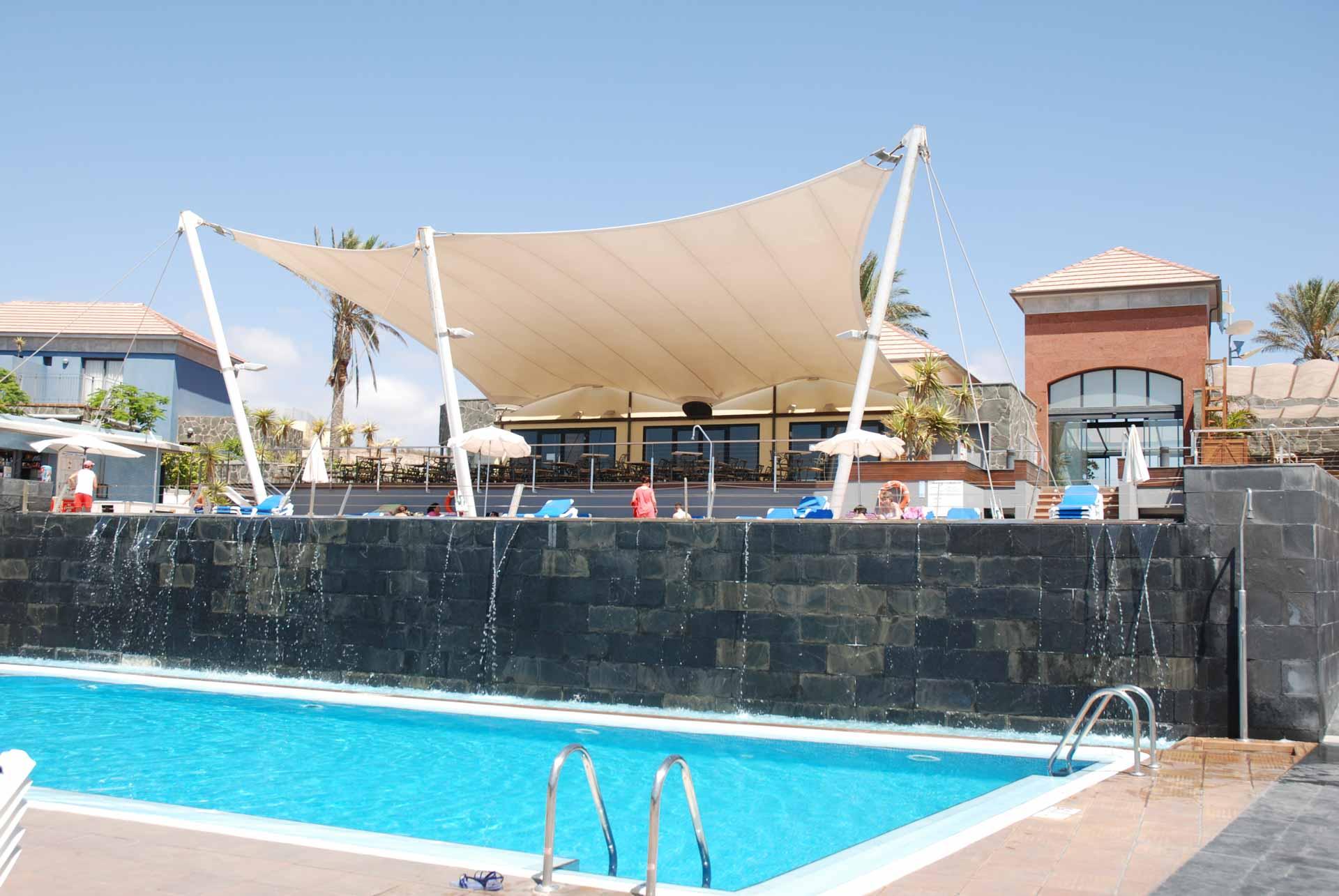 Material de piscinas. Salas de máquinas de piscina completas en Cay Beach Meloneras