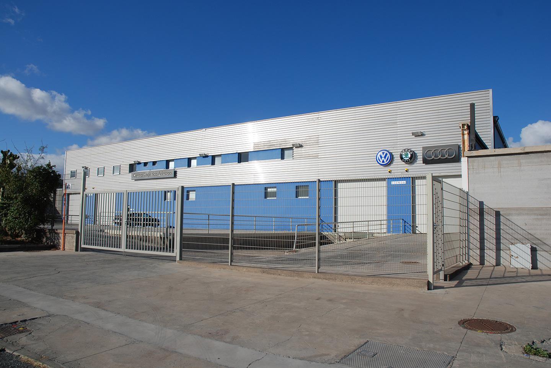 Planta fotovoltaica de 100 kW para autoconsumo de energía y suminstro a movilidad eléctrica en el Centro logístico de Domingo Alonso
