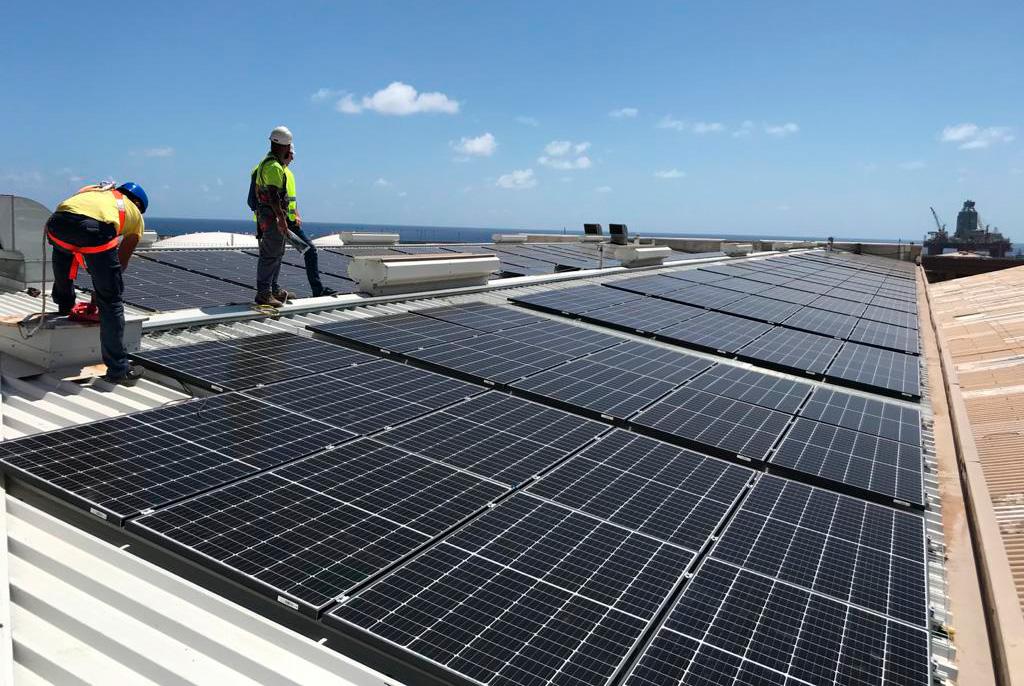 Planta fotovoltaica de 100 kW en régimen de autoconsumo de energía a industria de procesado de pescado Unión Martín
